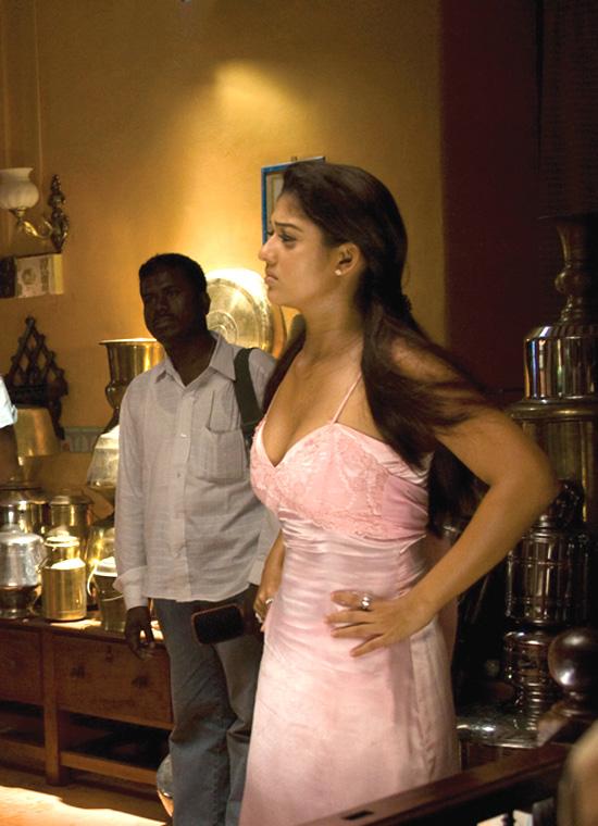 Villu Tamil Movie Songs mp3 Download - 5StarMusiQCom